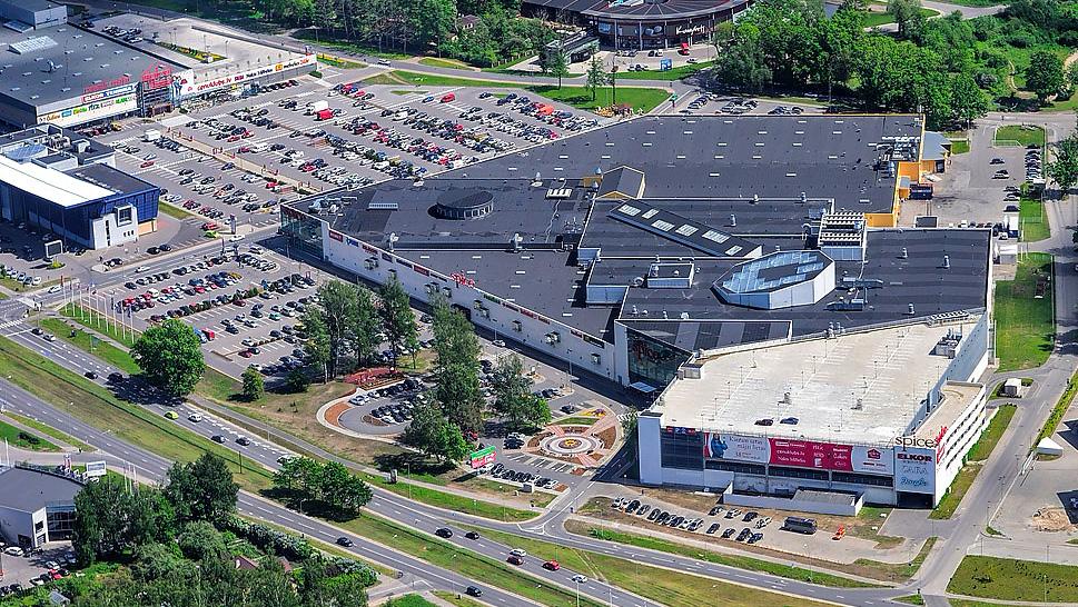 Spice kaubanduskeskus, Riia