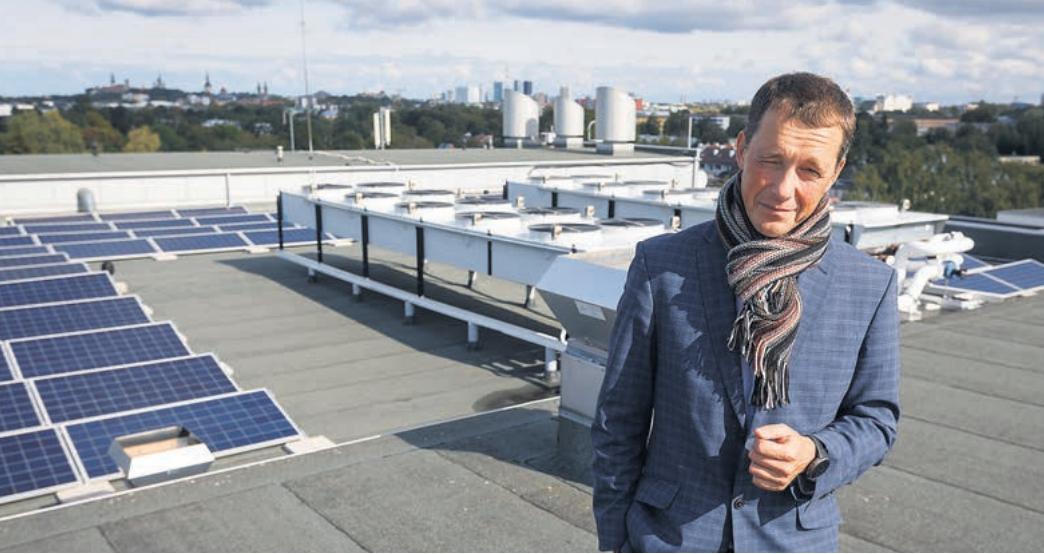 """Kliimaneutraalsust energiaallikate asendamisega ei saavuta, ikkagi tarbimise kallale tuleb minna,"""" on AU Energiateenuse juht Aivar Uutar veendunud. FOTO: ANDRAS KRALLA"""